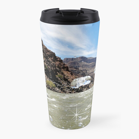 Travel mug with photo of splashing water in the Grand Canyon