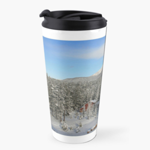 Travel mug with winter snow scene